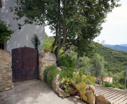 Casa villa sila en benalaur a serrania de ronda m laga for Jardin villa ronda